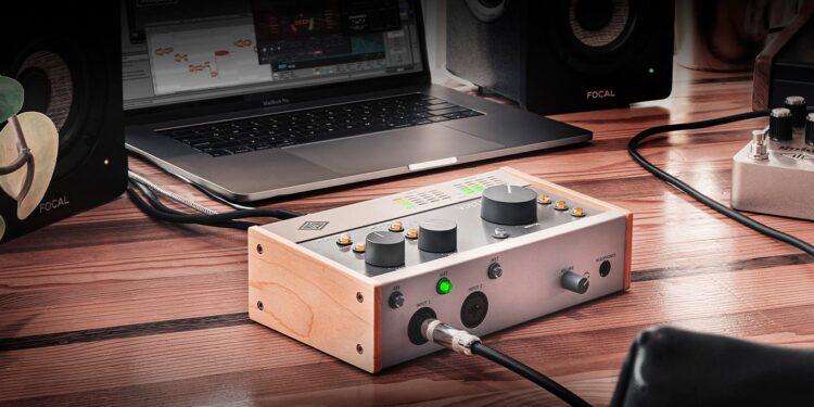 Universal Audio Volt новая серия доступных аудиоинтерфейсов