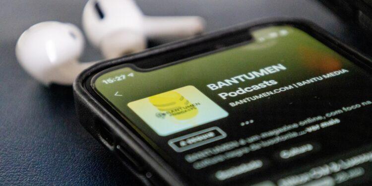 В Spotify появились подкасты